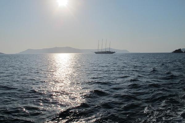 Sailing the Caldera