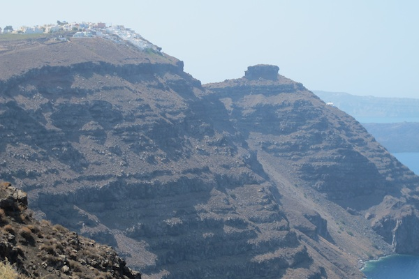 Skaros rock viewed from path to Oia